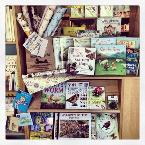 spring-seasonal-bags-of-books