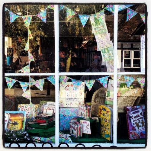 window-display-bags-of-books