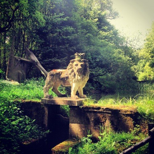 Stone Lion and pterodactyl at Groombridge