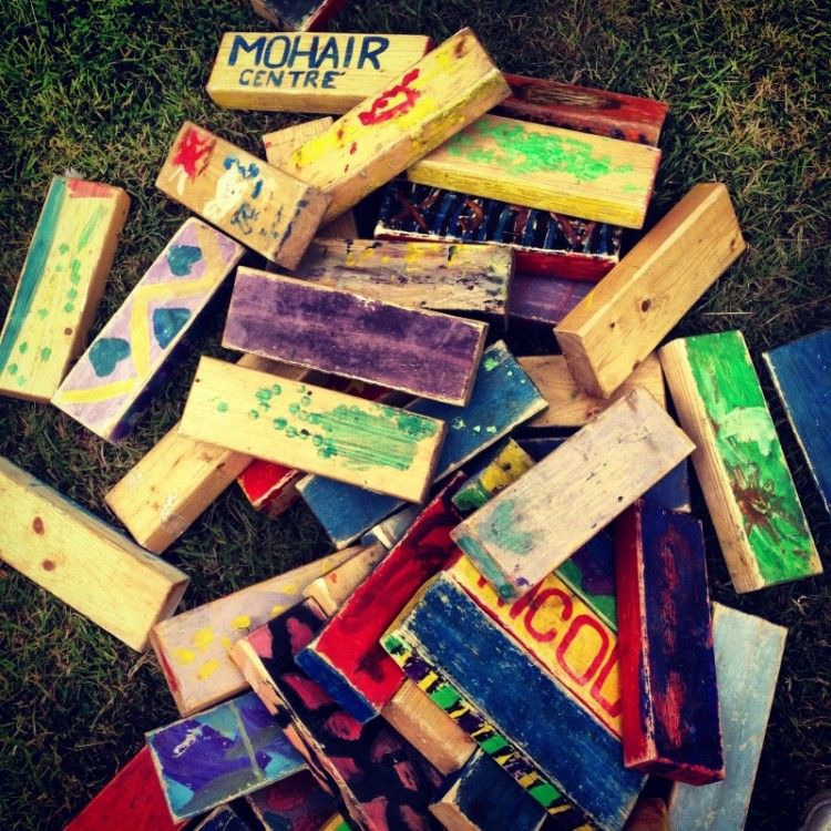 painted-wooden-bricks