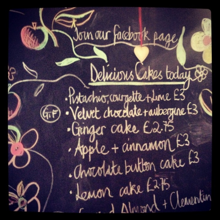 chalk-menu-board-for-cafe-cakes