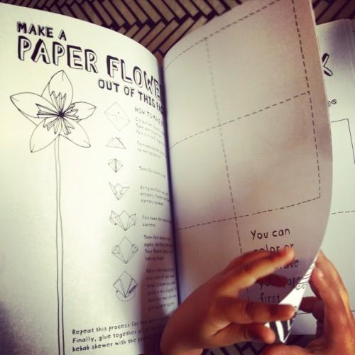 make-apaper-flower-activity