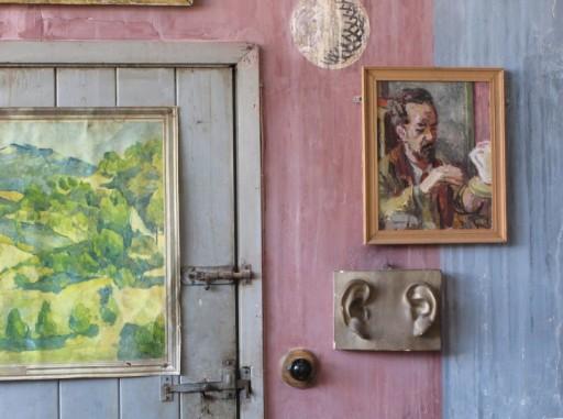 detail-of-artists-studio