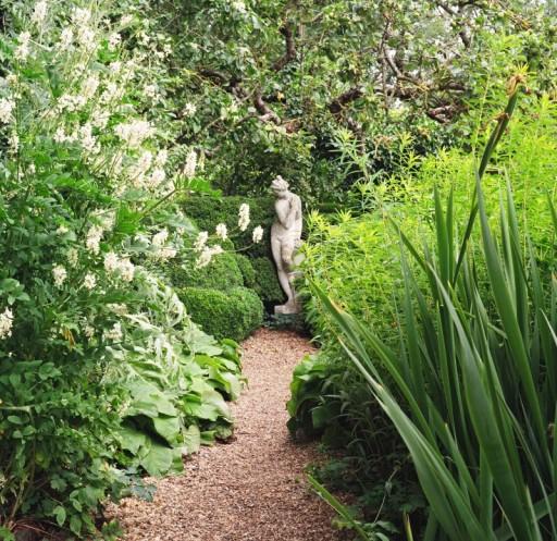 statue-english-garden