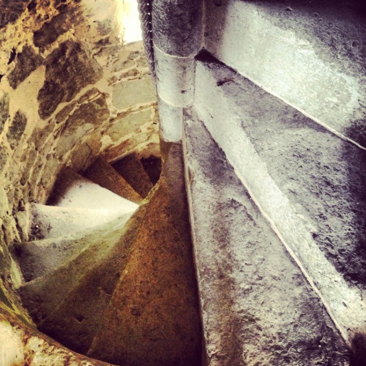 winding-staircase-in-a-ancient-English-tower