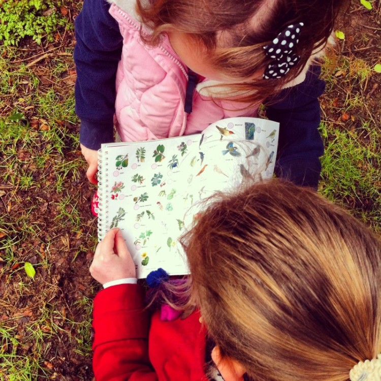 children-map-reading
