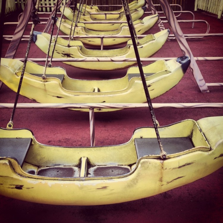 banana-swing-boats