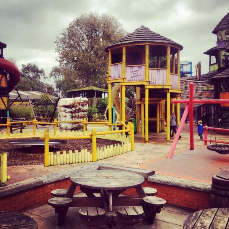 zoo-playground
