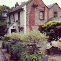 Pubs with Playgrounds: The Half Moon, Plumpton, East Sussex