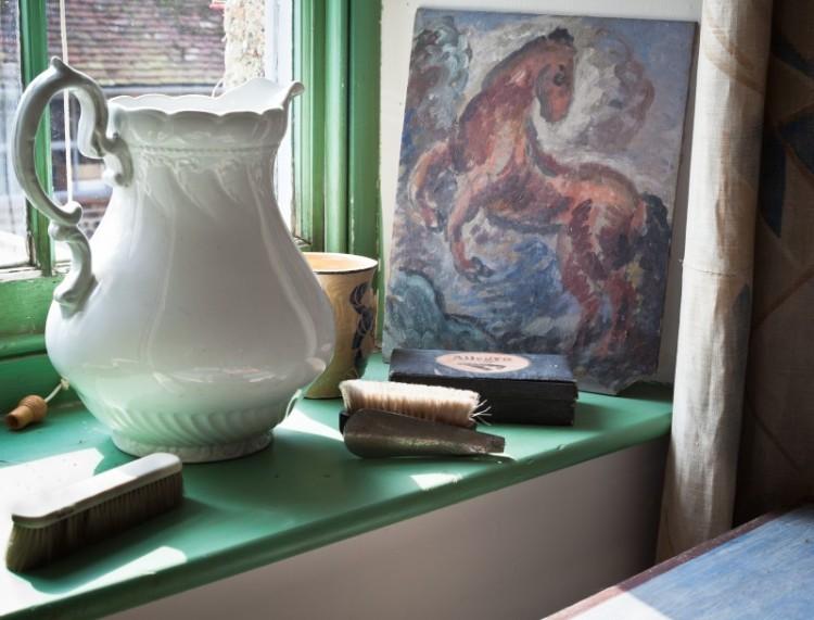 P.L. Charleston Duncan Grant's dressing room photo. p.fewster