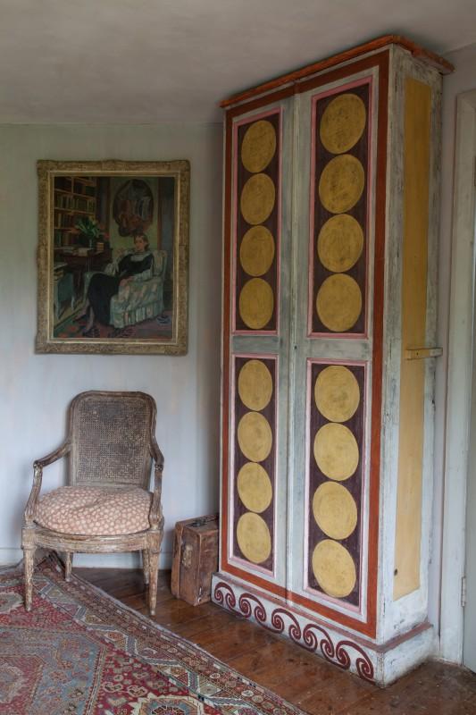 P.L. Charleston Vanessa Bell's bedroom. photo. p.fewster
