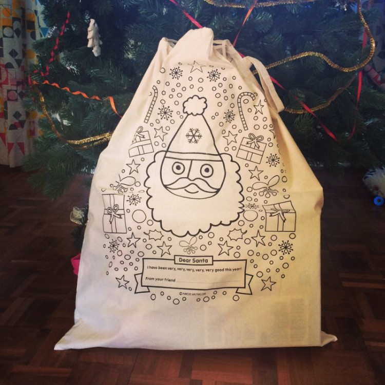 MW-Santa-Sack-Tree